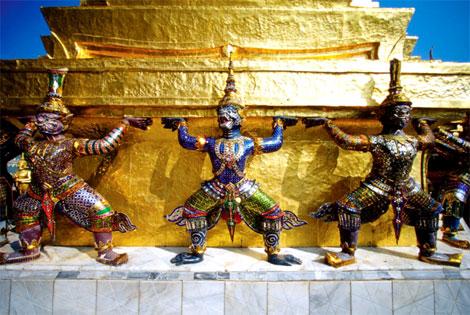 amulettes magiques de Thailande