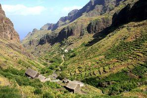 Cap Vert-Ile de Sal, Circuit Randonnées Accompagnées Les Sentiers de Santiago et Fogo