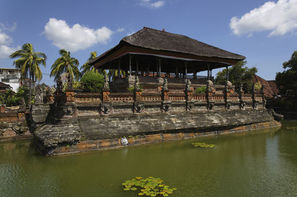 Bali-Denpasar, Combiné circuit et hôtel Soleil de Bali et ses plages 3*