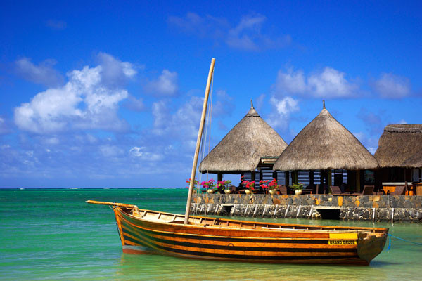 Embarcation à l'ile maurice - Découverte Réunion  2* + Île Maurice à l'hôtel Le Palmiste Autotour Découverte Réunion  2* + Île Maurice à l'hôtel Le Palmiste3* Saint Denis Reunion