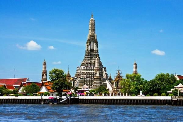 Wat Arun Combiné circuit et hôtel Trésors du Siam 3* & farniente à Hua Hin à l'Ibis Hua Hin3* Bangkok Thailande