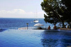 Hôtel Roc Illetas Playa  - Situé à Calvia, à 8 km  à l'ouest de Palma