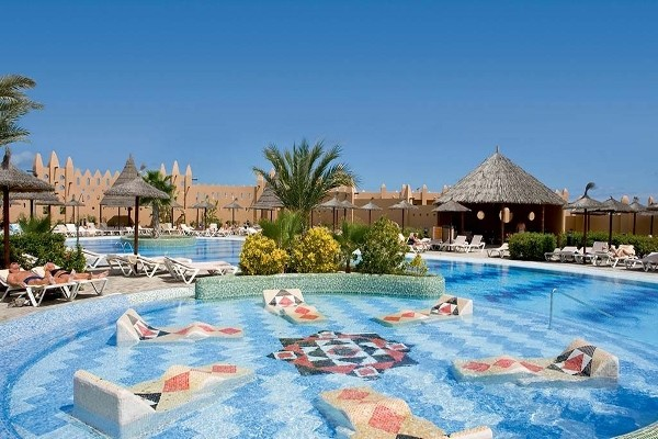 Vue piscine - Héliades Riu Funana Resort Club Héliades Riu Funana Resort Ile de Sal Cap Vert