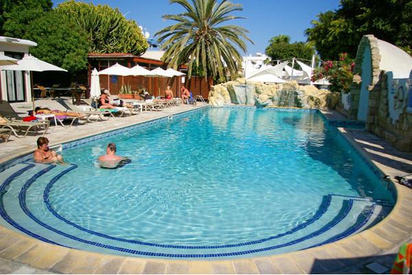 Piscine - Dionysos Hôtel Dionysos3* Paphos Chypre