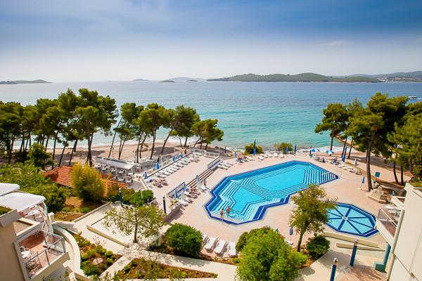 Vue d'ensemble sur la piscine - Aminess Grand Azur (Ex Grand Hotel Orebic) Hôtel Aminess Grand Azur (Ex Grand Hotel Orebic)4* Dubrovnik Croatie