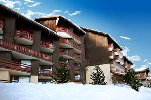 France Alpes-La Plagne Montalbert, Club Club MMV Les Sittelles - Expérience Framissima + forfait et matériel de ski 3*