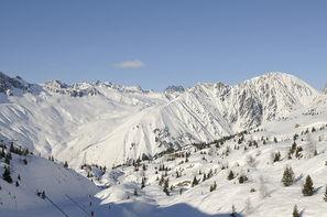 France Alpes-Oz En Oisans, Village club Oz en Oisans + forfait et matériel de ski