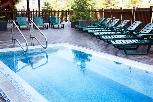 Hotel piolets park et spa soldeu el tarter france andorre for Piscine andorre caldea