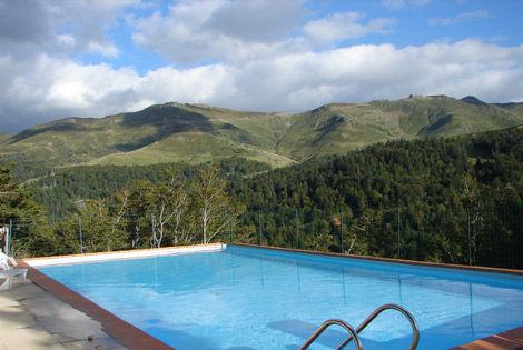 Piscine - Village Altitude 1500 Village Vacances Village Altitude 1500 Super Lioran France Auvergne