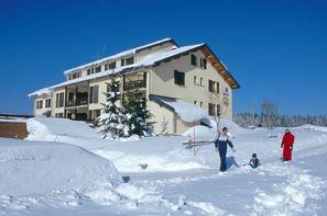 France Franche-Comté-Les Rousses, Résidence avec services Les Clarines