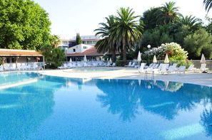 Vacances languedoc roussillon derni re minute location for Location hotel france derniere minute