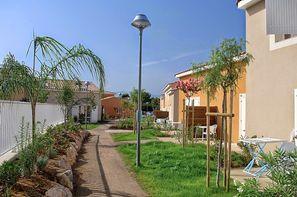 France Languedoc-Roussillon-Latour-Bas-Elne, Résidence locative Les Demeures Torrellanes