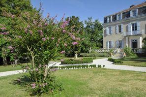 France Midi-Pyrénées-Cazaubon, Château (hôtel) De Bellevue 3*