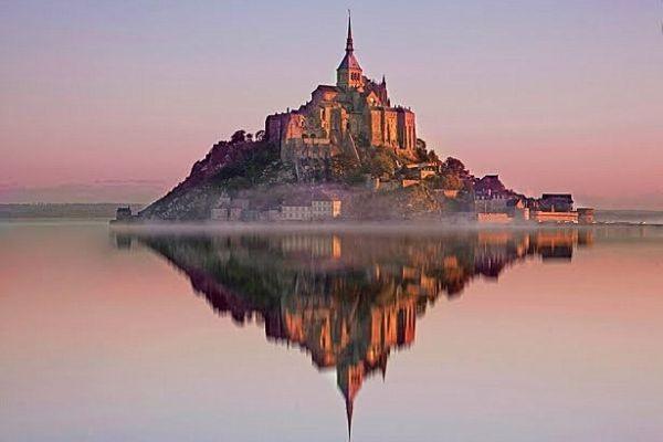 Номандия. Куда лучше поехать летом во Франции, что посмотреть летом во Франции. Во Францию летом - куда лучше отправиться. Лавандовые поля Прованса, фестивали, пляжи
