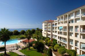 France Provence-Cote d Azur-Juan Les Pins, Résidence locative Les Pins Bleus