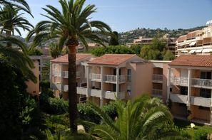 France Provence-Cote d Azur-Juan Les Pins, Résidence locative Open Golfe Juan