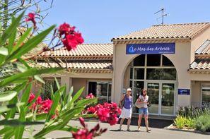 France Provence-Cote d Azur-Mouriès, Résidence locative Goélia Le Mas des Arènes