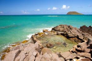 Guadeloupe-Pointe A Pitre, Résidence hôtelière Caraibes Bonheur ou Royal + location de voiture