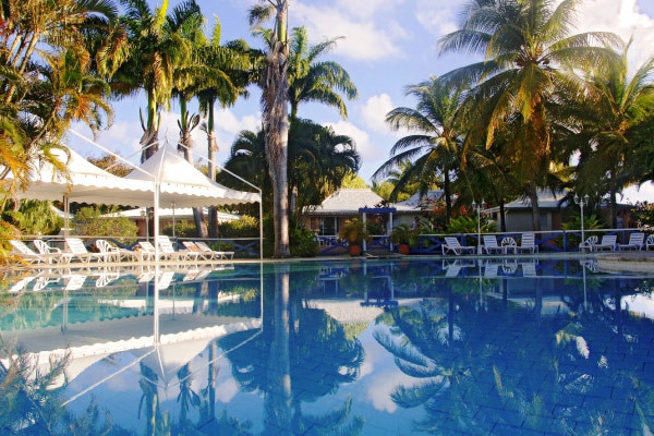 Piscine - Golf Village Hôtel Golf Village3* Pointe A Pitre Guadeloupe