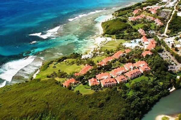 Vue aérienne - Pierre et Vacances Club Sainte Anne Pierre & Vacances Village Club Sainte-Anne Pointe A Pitre Guadeloupe