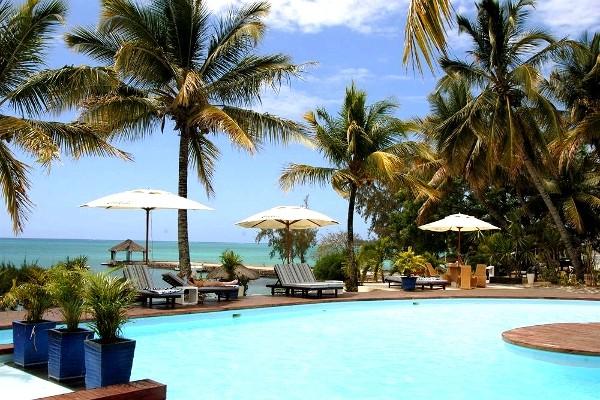 hotel coral azur beach resort mont choisy ile maurice promovacances. Black Bedroom Furniture Sets. Home Design Ideas