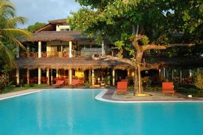 Madagascar-Nosy Be, Hôtel Arc En Ciel 3*