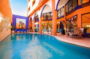 Maroc-Marrakech, Hôtel Les Trois Palmiers 3*