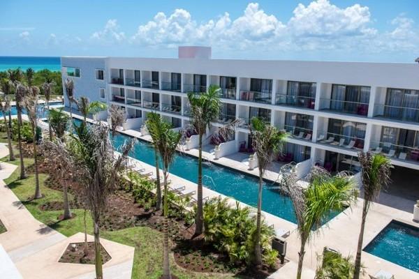 Piscine - Platinium Yucatan Princess Hôtel Platinium Yucatan Princess5* Cancun Mexique