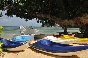 Seychelles-Mahe, Hôtel Crown Beach