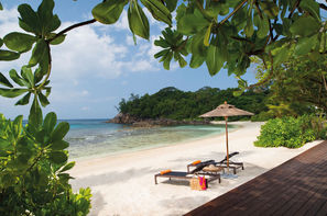 Seychelles-Mahe, Hôtel Avani Seychelles Barbaron 4*