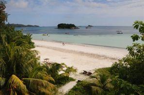Seychelles-Praslin, Hôtel Village du Pêcheur 4*