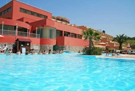 Piscine de l'hôtel Cala Regina 2 - Cala Regina Club Cala Regina4* Palerme Sicile et Italie du Sud