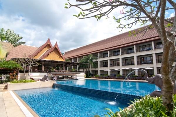 Piscine - Deevana Patong Beach Resort & Spa Hôtel Deevana Patong Beach Resort & Spa3* Phuket Thailande