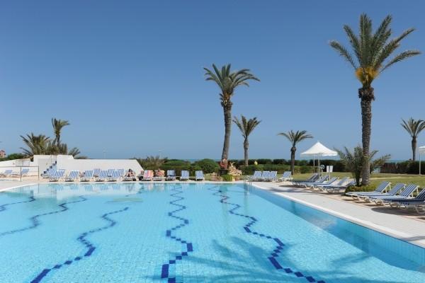 Piscine - Maxi Club Jazira Beach & Spa Hotel Maxi Club Jazira Beach & Spa3* Djerba Tunisie