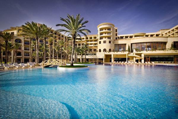 Piscine et hotel - Movenpick Resort & Marina Spa Sousse Hôtel Movenpick Resort & Marina Spa Sousse5* Tunis Tunisie