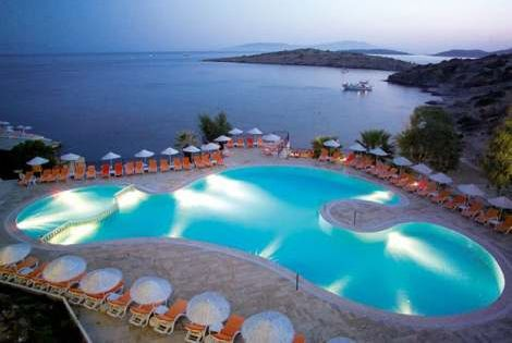 http://static.promovacances.com/photos/vacances-turquie/bodrum/piscine-club-virgin_34269_pghd.jpg