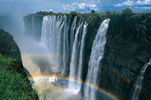 Afrique Du Sud-Le Cap, Autotour Du Cap aux Parcs d'Afrique du Sud & Chutes Victoria