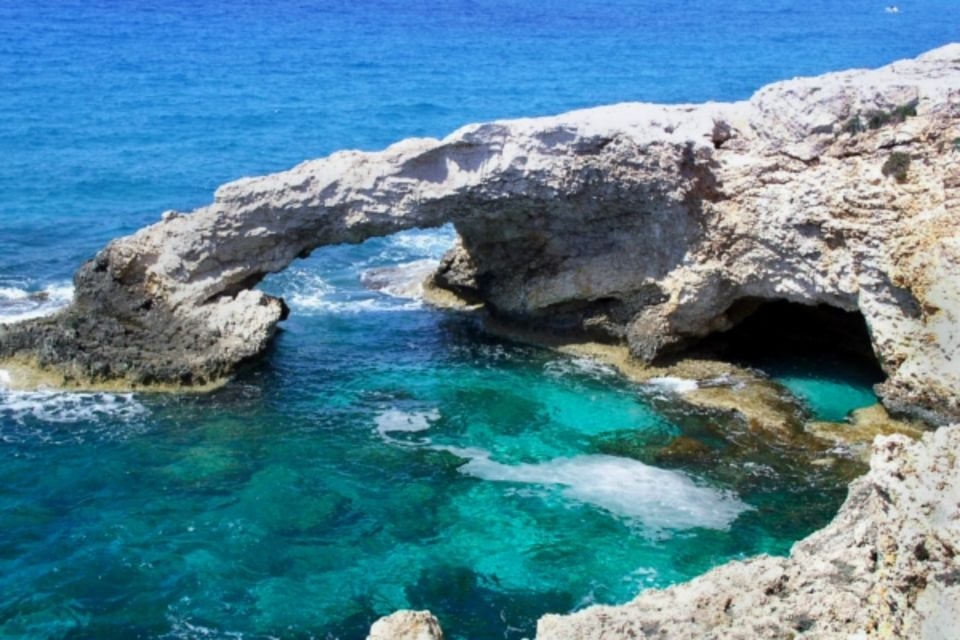 Autotour Trésors de Chypre Larnaca Chypre