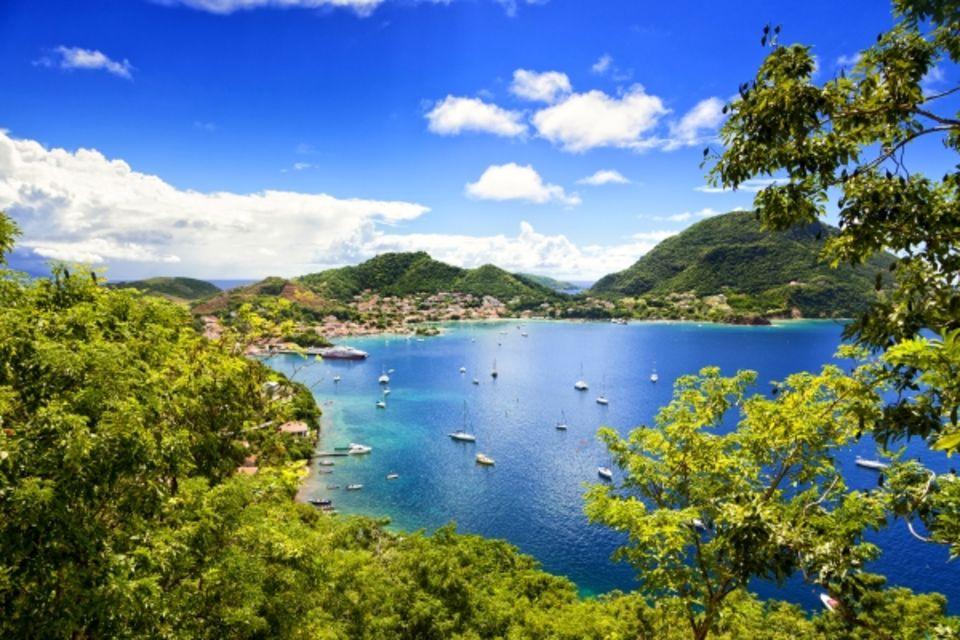 Autotour Entre plages et terres de feu Pointe A Pitre Guadeloupe