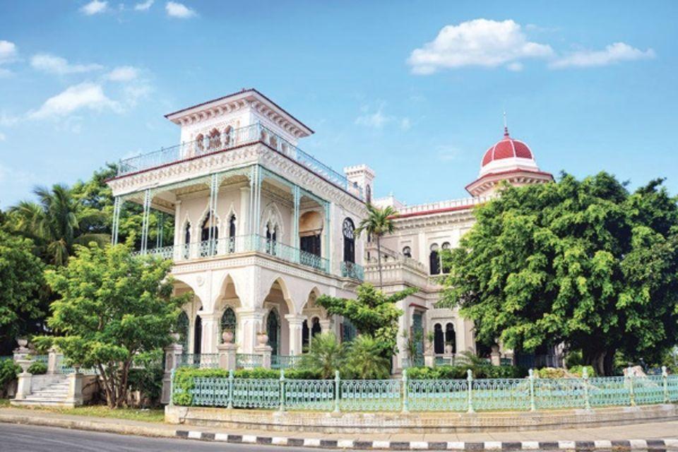 Circuit Cuba, sur un air de Salsa La Havane Cuba