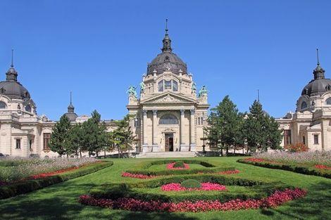 Hongrie-Budapest, Circuit Cap sur la Hongrie 3*