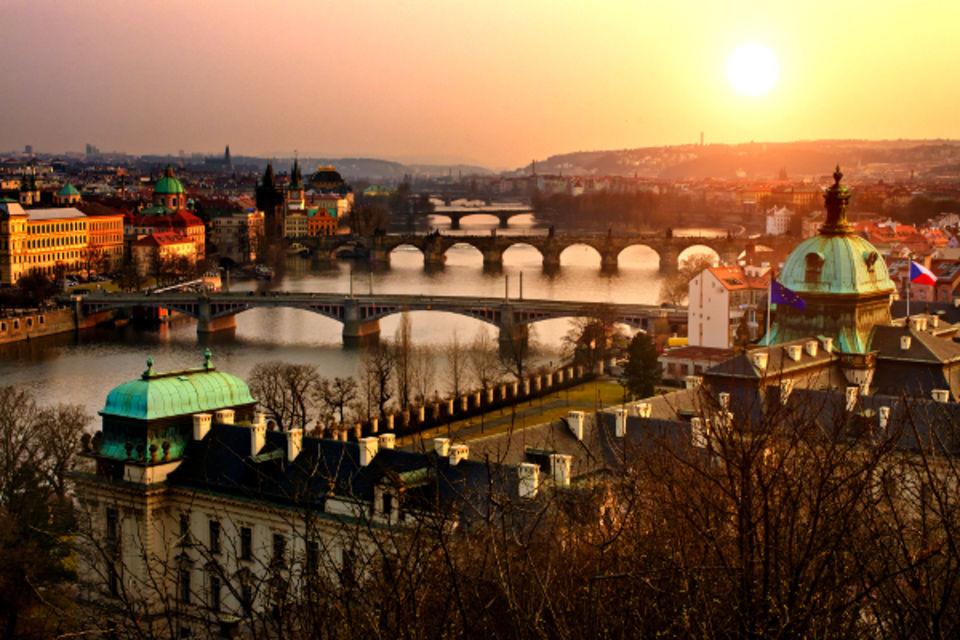 Circuit De la ville dorée aux perles impériales Prague Republique Tcheque
