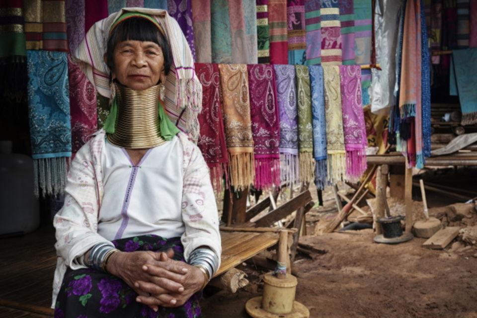 Circuit Des Temples Khmers aux femmes girafes Bangkok et plages Thailande