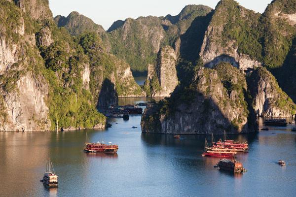 Baie d'Halong Circuit Vietnam Saveurs de la Baie d'Halong3* Hanoi Vietnam