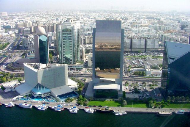 Dubai et les Emirats : Combiné circuit et hôtel De Dubaï à Abu Dhabi : les Emirats modernes
