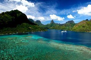 Polynesie Francaise-Papeete, Combiné hôtels Deux Iles : Tahiti & Moorea