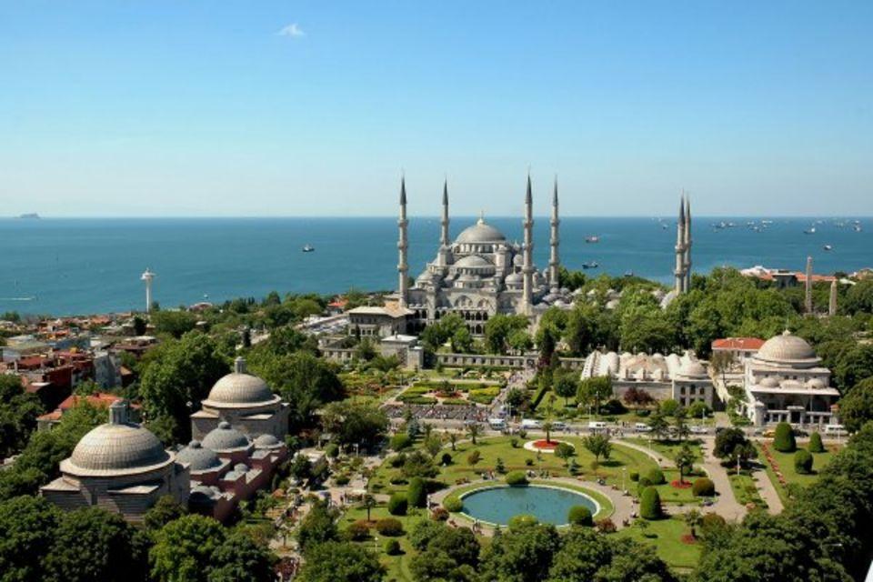 Combiné circuit et hôtel Des rives du Bosphore à la Méditerranée et séjour au Framissima Crystal Flora Beach Resort Istanbul Turquie