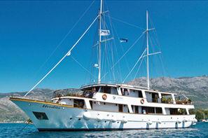 Croatie-Dubrovnik, Croisière De criques en iles