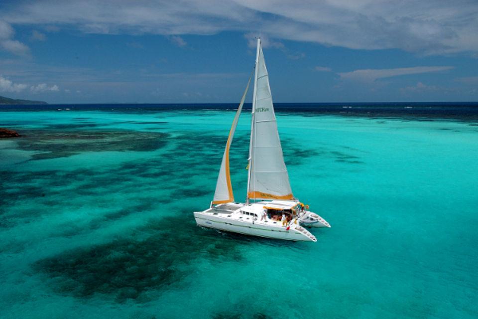 Croisière Grenadines + séjours à Union et Ste Lucie Fort De France Martinique