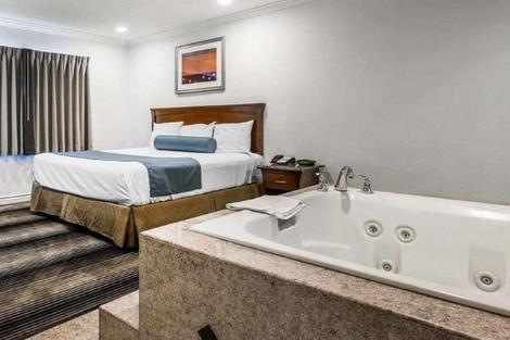 Etats-Unis-Los Angeles, Hôtel Rodeway Inn & Suites Pacific Coast Highway 3*